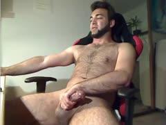 German James Cums on Cam