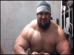 beefymuscle.com - Muscle bull powerlifter compilation