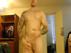 Antonio shows off on cam